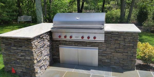grill counter and slate