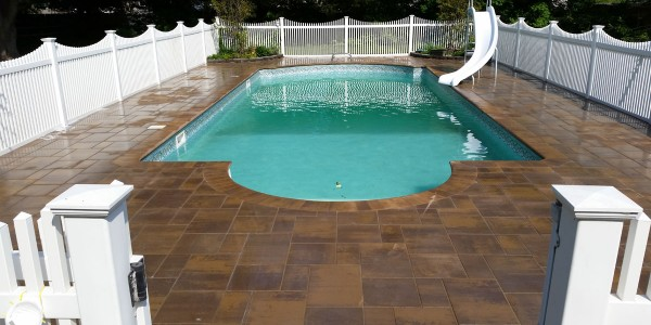 swimming-pool-patio-installation